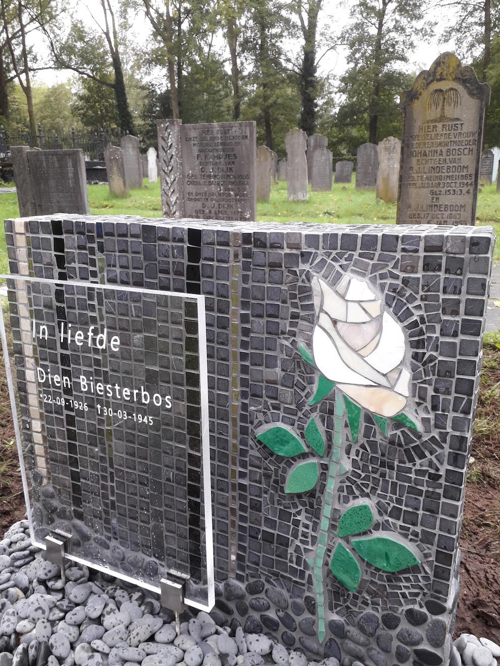 grafsteen-witte-roos-