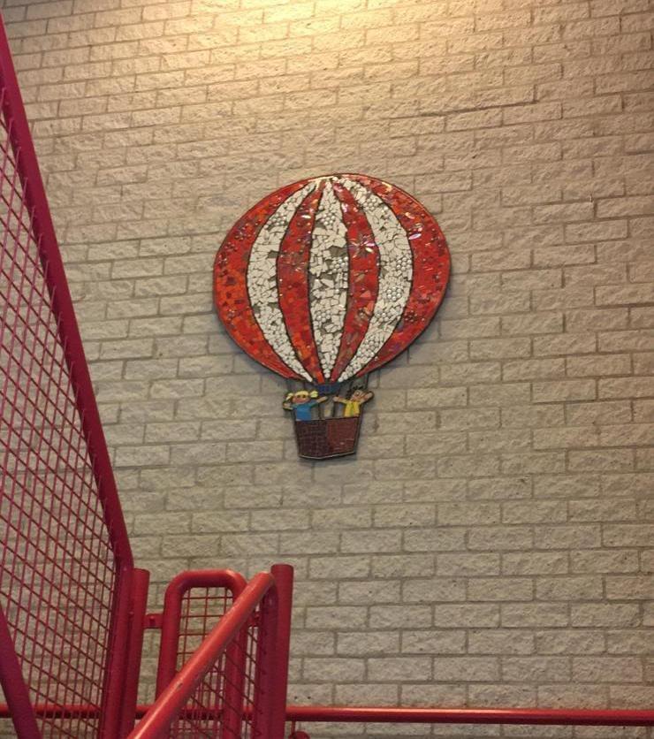 jules-verne-tijdelijke-muur-ballon